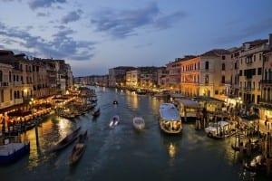 venedik-büyük-kanalın-gece-görüntüsü-venedik-büyük-kanal-hakkında-bilgi
